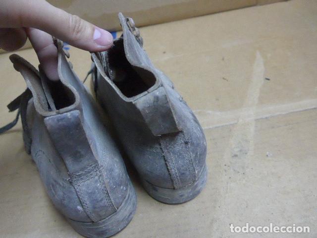 Militaria: * Antigua pareja de botas o botines de la guerra civil, original. ZX - Foto 14 - 179951165