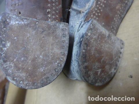 Militaria: * Antigua pareja de botas o botines de la guerra civil, original. ZX - Foto 16 - 179951165