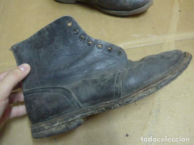 Militaria: * Antigua pareja de botas o botines, tipo de la guerra civil, original. ZX - Foto 2 - 179952520