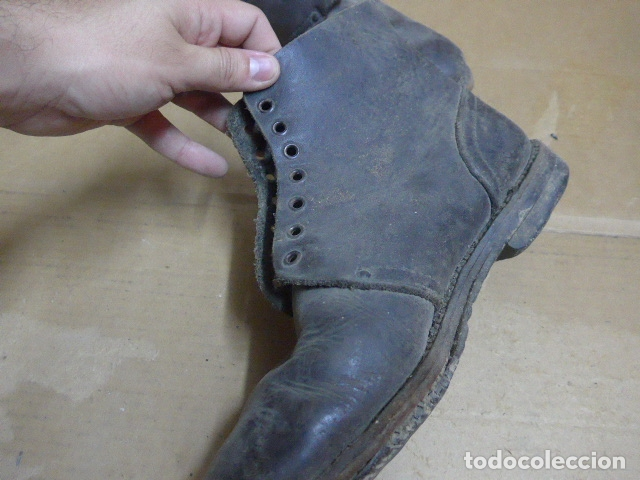 Militaria: * Antigua pareja de botas o botines, tipo de la guerra civil, original. ZX - Foto 4 - 179952520