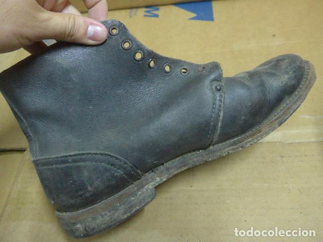 Militaria: * Antigua pareja de botas o botines, tipo de la guerra civil, original. ZX - Foto 5 - 179952520