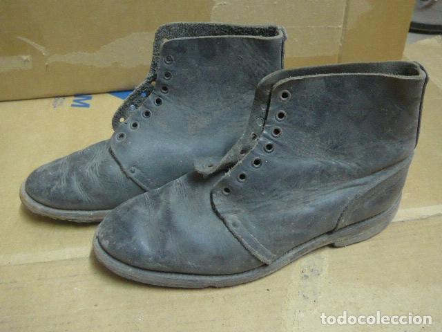 Militaria: * Antigua pareja de botas o botines, tipo de la guerra civil, original. ZX - Foto 9 - 179952520