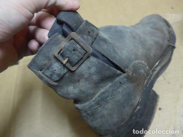Militaria: * Antigua pareja de botas o botines de la guerra civil, original. ZX - Foto 12 - 179952797