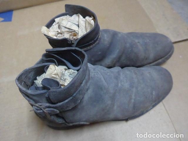 Militaria: * Antigua pareja de botas o botines de la guerra civil, original. ZX - Foto 16 - 179952797