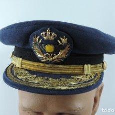 Militaria: GORRA DE PLATO DE GENERAL DE AVIACION, SANIDAD MILITAR, FABRICADA POR HIJOS DE JESUS MARTINEZ, MADRI. Lote 182470023