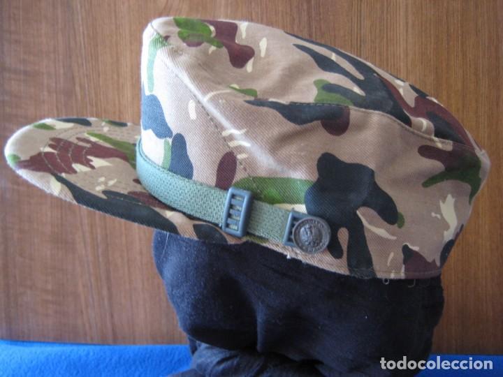 Militaria: Gorra COEs-BRIPAC-LEGIÓN. 1980. Talla 55. - Foto 4 - 183738910