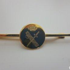 Militaria: ORIGINAL PILLACORBATAS GUARDIA CIVIL. Lote 183956397