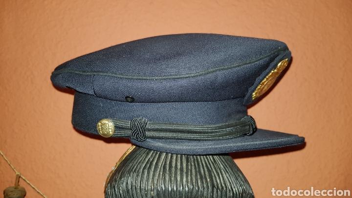 Militaria: ANTIGUA GORRA POLICIAL CUERPO NACIONAL DE POLICÍA ESCALA BÁSICA TALLA 56 EXCELENTE ESTADO - Foto 4 - 184473245