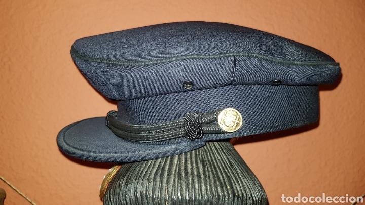 Militaria: ANTIGUA GORRA POLICIAL CUERPO NACIONAL DE POLICÍA ESCALA BÁSICA TALLA 56 EXCELENTE ESTADO - Foto 6 - 184473245