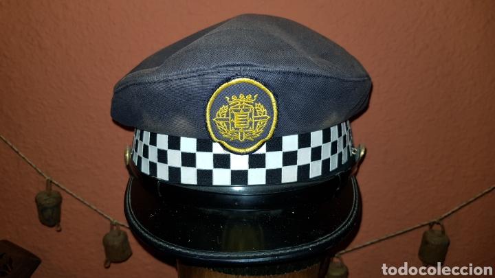 Militaria: ANTIGUA GORRA DE PLATO DE POLICÍA LOCAL - Foto 2 - 184488926