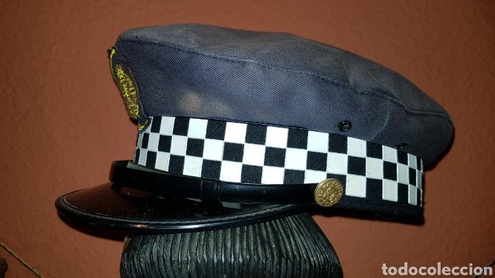Militaria: ANTIGUA GORRA DE PLATO DE POLICÍA LOCAL - Foto 3 - 184488926