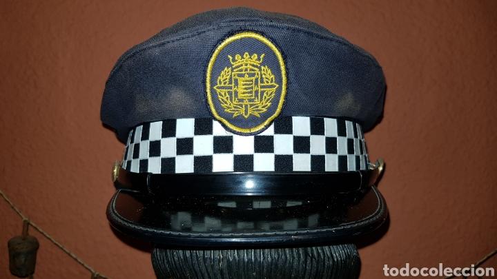 ANTIGUA GORRA DE PLATO DE POLICÍA LOCAL (Militar - Boinas y Gorras )