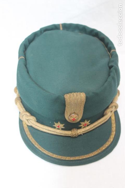 Militaria: ANTIGUA GORRA TERESIANA TENIENTE CORONEL CRUZ ROJA - Foto 3 - 184904045
