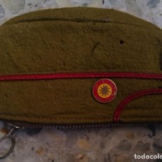 Militaria: MONEDERO MILITAR GORRO EJERCITO DE TIERRA AÑOS 70 CIR N. 9 SAN CLEMENTE SASEBAS. Lote 184924851
