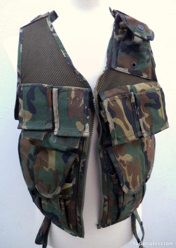 CHALECO TACTICO BRIMAR ALTUS -INFANTERÍA DE MARINA ESPAÑOLA. PRIMER MODELO. (Militar - Otros relacionados con uniformes )