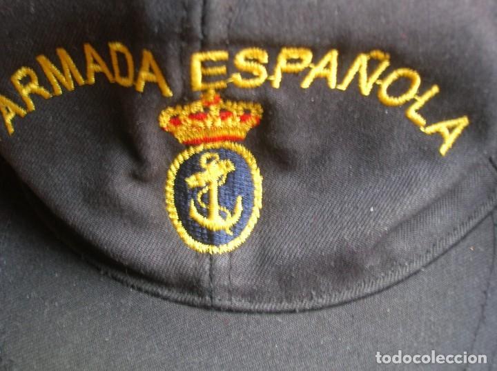 Militaria: RARO LOTE DE DOS GORRAS DE LA ARMADA ESPAÑOLA. BUQUE OCEANOGRAFICO HESPERIDES A33. ANTARTIDA. - Foto 5 - 186296876