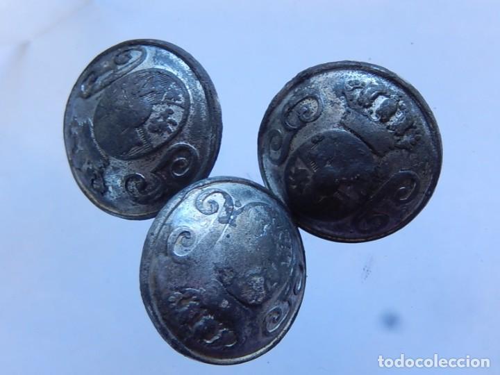 Militaria: Lote de botones. Guardia Civil. Mediados / Finales siglo XIX. - Foto 6 - 190196312