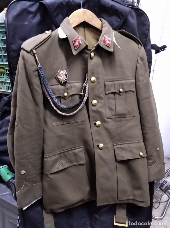 Militaria: Uniforme militar 1947 - Foto 2 - 190375943