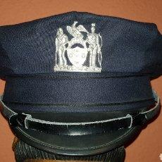 Militaria: ANTIGUA GORRA DE PLATO POLICIAL. Lote 193664752