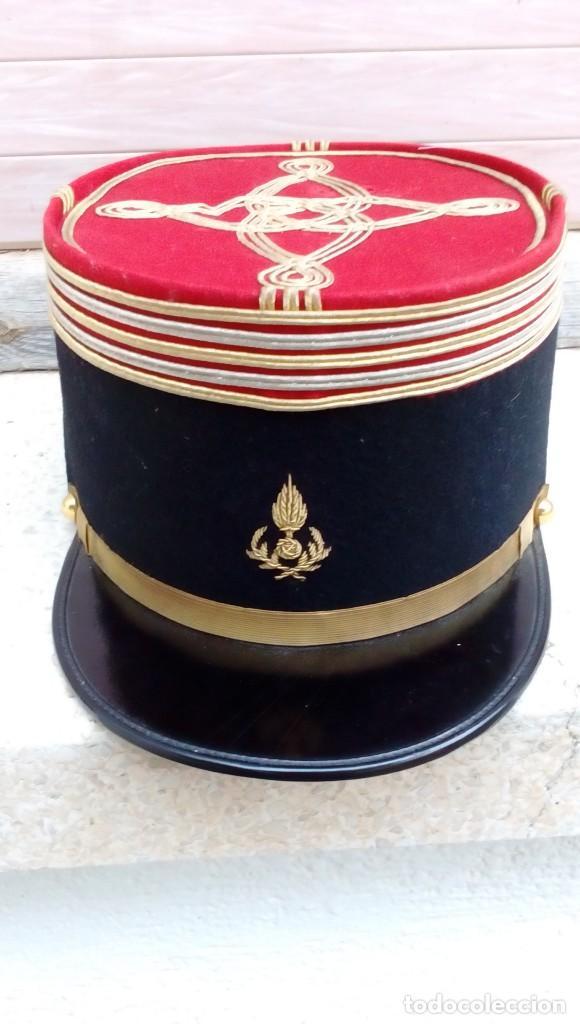 KEPI DE OFICIAL FRANCÉS (Militar - Boinas y Gorras )