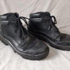 Militaria: BOTAS CORTAS POLICIA NACIONAL CNP TALLA 44 MARCA FAL. Lote 194301962