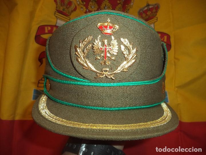 GORRA DE OFICIAL TROPAS DE MONTAÑA TALLA 55 (Militar - Boinas y Gorras )