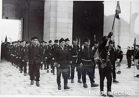 Militaria: Gorra montañera de Falange, Frente de Juventudes, azul mahón, paño,lana,orejeras y cogotera.Talla 55 - Foto 7 - 194313231