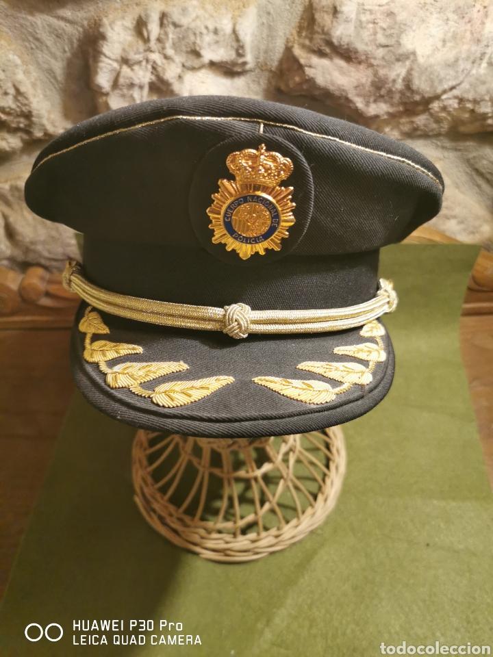 GORRA DE COMISARIO DEL CUERPO NACIONAL DE POLICÍA (Militar - Boinas y Gorras )