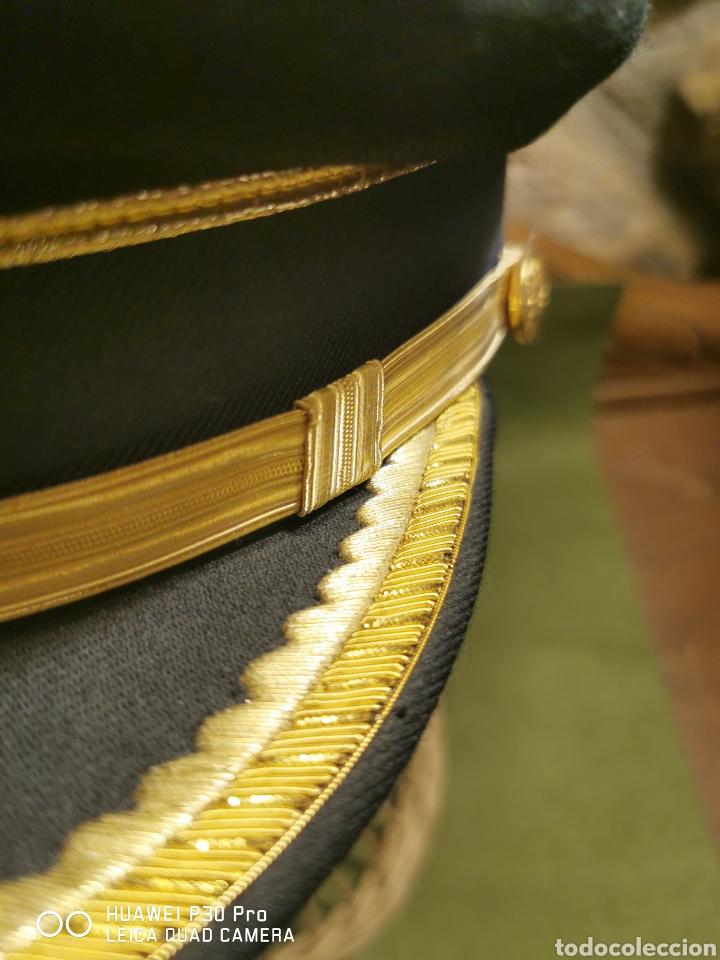Militaria: Gorra de mando de la Policía Municipal local - Foto 2 - 194627497