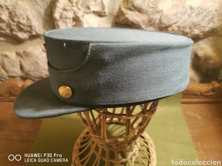 Militaria: gorra de la Guardia Civil - Foto 2 - 194628300