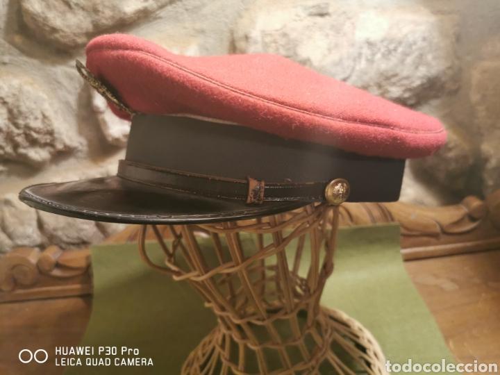 Militaria: gorra de plato de conductor de la Guardia Civil - Foto 2 - 194628721