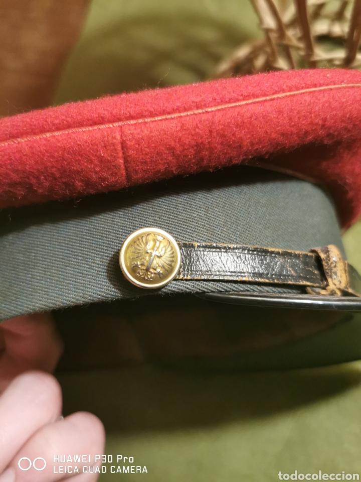 Militaria: gorra de plato de conductor de la Guardia Civil - Foto 4 - 194628721