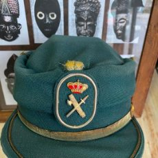 Militaria: GORRA GORRO TERESIANA DE LA GUARDIA CIVIL. Lote 194903568