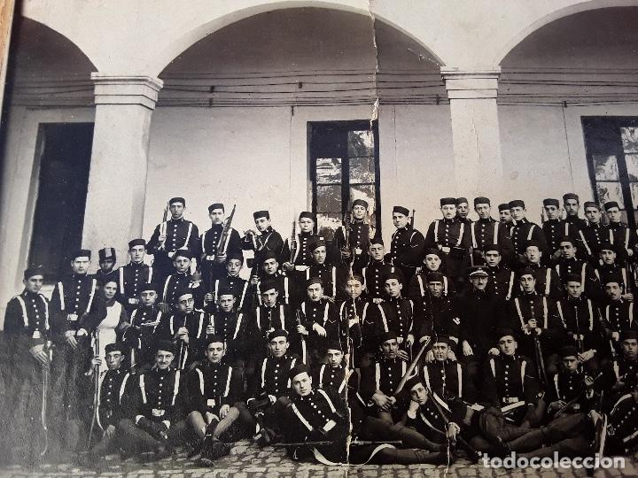Militaria: ANTIGUO GORRILLO PANADERO DE ALFONSO XIII,INTERIOR FORRO DE CUERO,ORIGINAL,GUERRA AFRICA - Foto 26 - 195366707