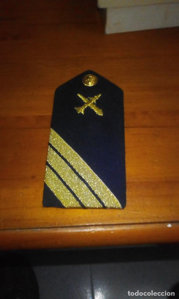 GALON SARGENTO DE ARMA. MARINA. (Militar - Otros relacionados con uniformes )