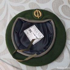 Militaria: BOINA VERDE GUERRILLEROS EJERCITO ESPAÑOL, COE, GOES, OES, TALLAS 56. Lote 146890562