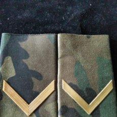 Militaria: MANGUITOS GALONES CABO EJERCITO ESPAÑOL CAMUFLAJE . Lote 199045858