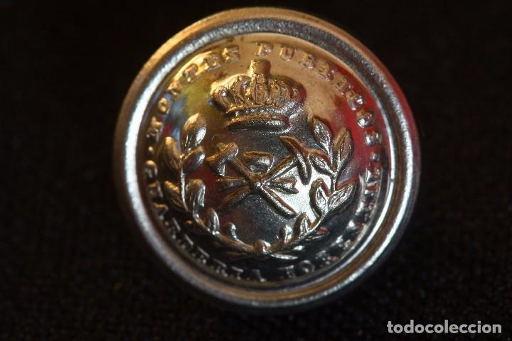 Militaria: LOTE DOS EMBLEMAS ICONA Y TRES BOTONES GUARDERIA FORESTAL - Foto 8 - 200728762