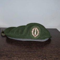 Militaria: BOINA VERDE COE TALLA 56. Lote 205605000