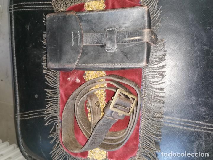 FUNDA Y CORREA CETME DE CUERO. PRIMERA ÉPOCA. (Militar - Cinturones y Hebillas )