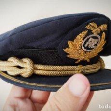 Militaria: GORRA DE COMANDANTE DE AIREUROPA AÑOS 80 - BIEN CONSERVADO GORRO PLATO PILOTO AE AIR EUROPA. Lote 210228300