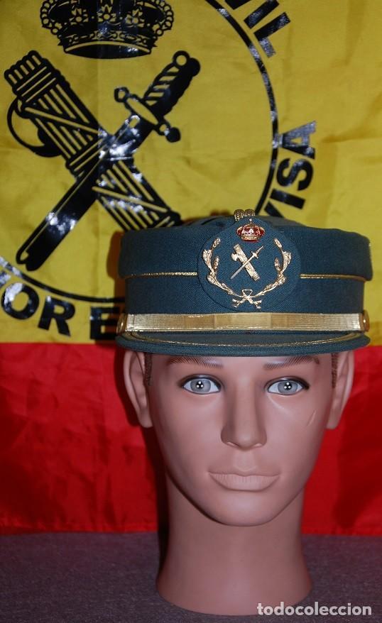 GORRA TERESIANA GUARDIA CIVIL SUBOFICIAL: SARGENTO BRIGADA SUBTENIENTE 2ª VARIANTE-02 TALLA 58 (Militar - Boinas y Gorras )