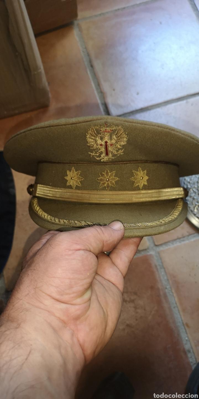 ANTIGUA GORRA DE PLATO DEL EJÉRCITO DE TIERRA DE LA ÉPOCA DE FRANCO GRADUACIÓN DE CORONEL (Militar - Boinas y Gorras )