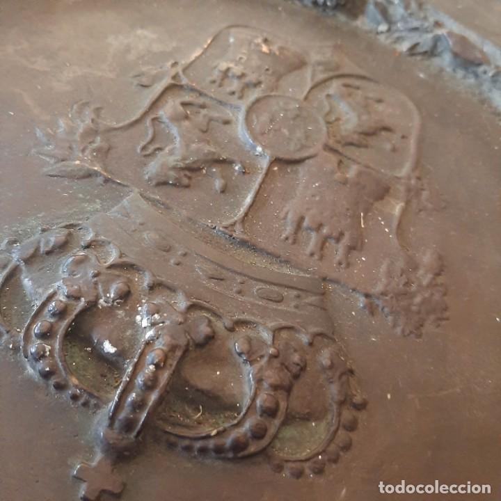 Militaria: Bronce artístico a un militar de Cadiz - Foto 9 - 214604346