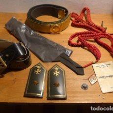 Militaria: LOTE DE UN COMANDANTE DE SANIDAD MILITAR. HOMBRERAS, CINTURONES, CORDONES... EPOCA JUAN CARLOS I. Lote 214861953