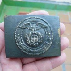 Militaria: HEBILLA DE LA SA DEL TERCER REICH REPINTADA - PINTURA ORIGINAL. Lote 216823927