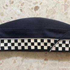 Militaria: CHAPIRI POLICIA GUARDIA URBANA BARCELONA. Lote 218233495