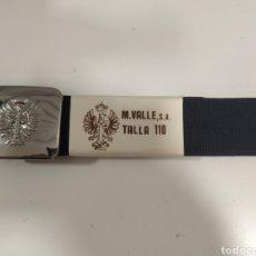 Militaria: ANTIGUO CINTURON EJERCITO DE TIERRA AZUL , HEBILLA PLATEADA , TALLA 110. Lote 220129310