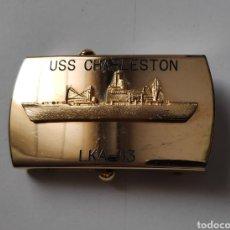 Militaria: HEBILLA US NAVY.BARCO USS CHARLESTON. LKA-113. ESTADOS UNIDOS (USA). Lote 221225653