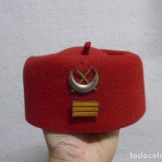 Militaria: ANTIGUO GORRO TARBUCH DE REGULARES, ORIGINAL.. Lote 222840766